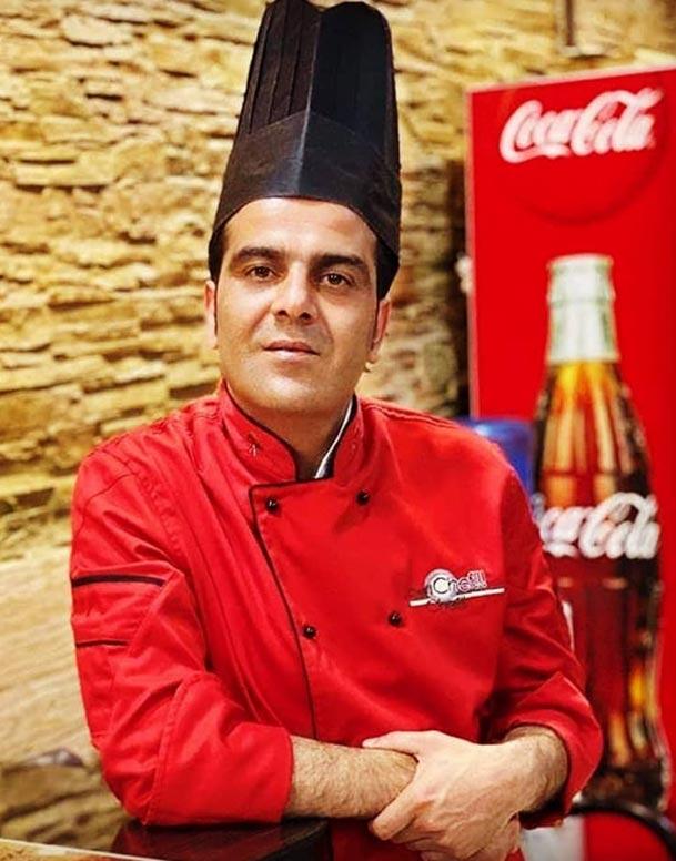 آقای علی عمویی